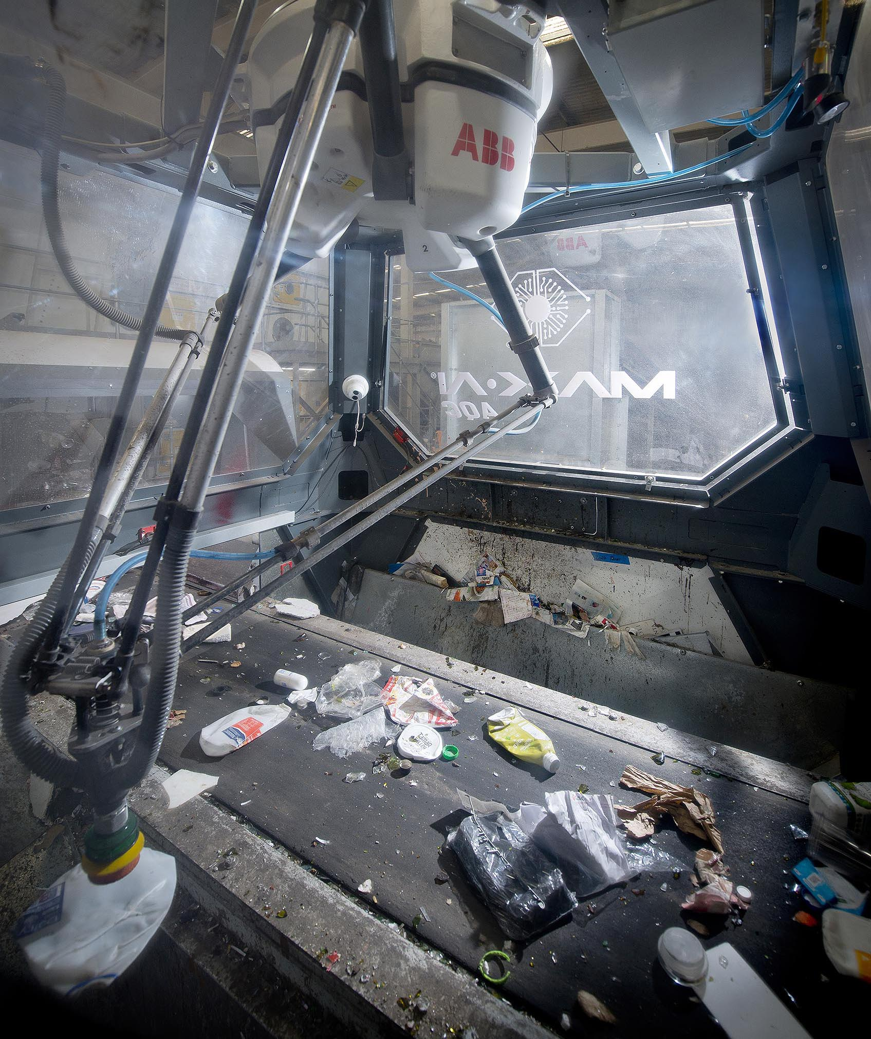 NAWMA's new MAX-AI-AQC is an autonomous quality control robot in action